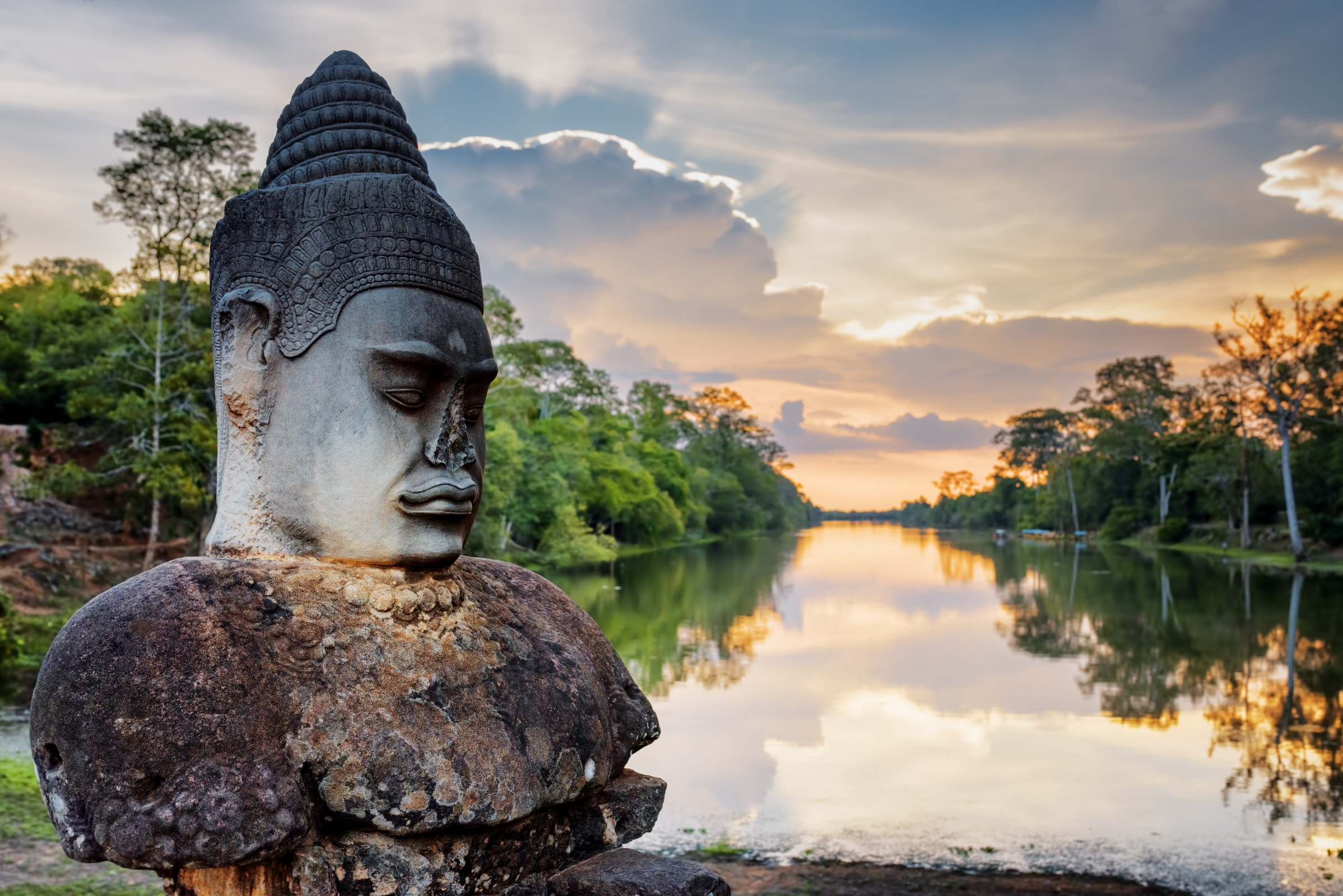 Indochina Discovery Tour 21 Days | Asia Vacation Group