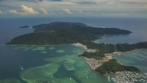 Kota Kinabalu Gaya island aerial view, included in tours offered by Asia Vacation Group