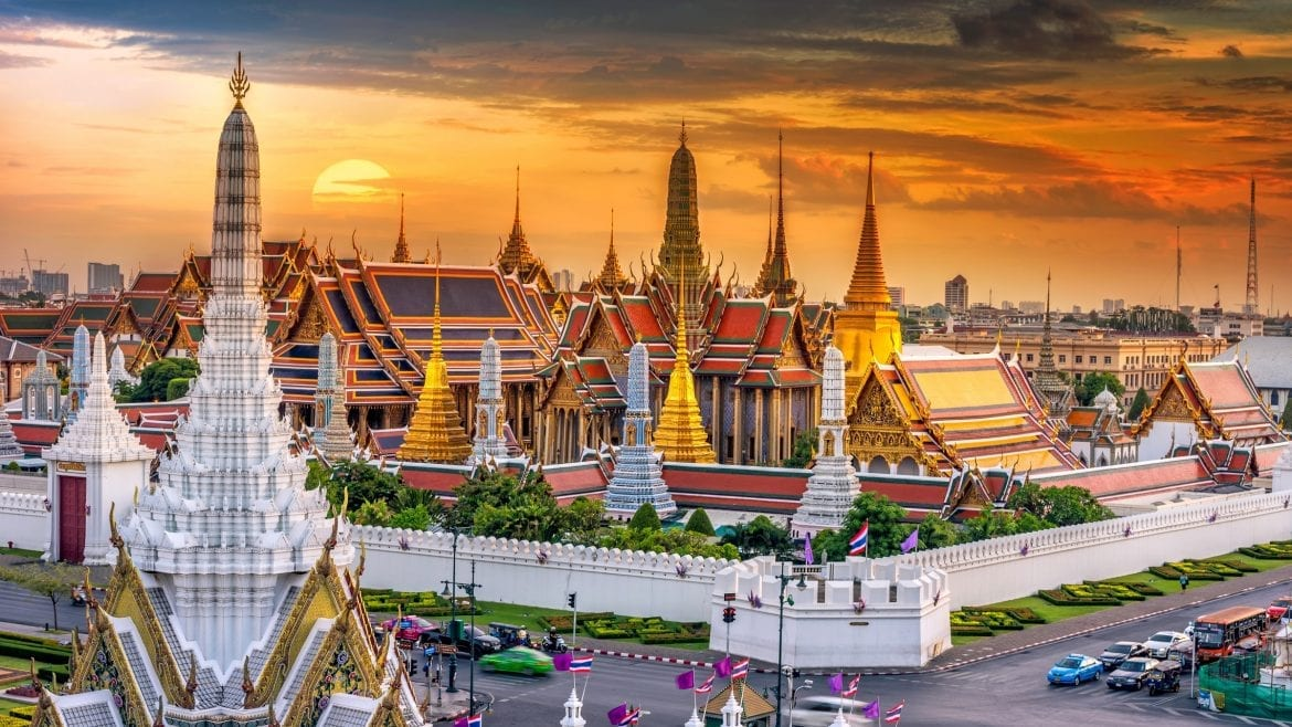 Bangkok Wat Phra Kaew, included in tours offered by Asia Vacation Group