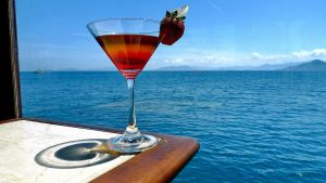 Cocktail on Emperor Cruise, a trusted partner of Asia Vacation Group