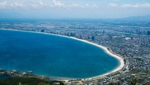 Beach side in Da Nang, Vietnam, included in tours offered by Asia Vacation Group