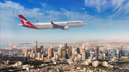Qantas Airways Largest Carrier In Australia